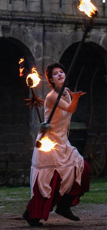Spectacle de feu médiéval pour un mariage à petit budget !