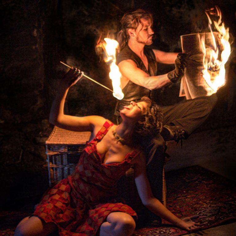 Lullaby, duo de feu entre un marionnettiste et une poupée