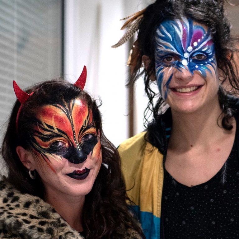 maquillage-adulte_halloween_maquillage-artistique__libellune__jonglage_paris_ile-de-france__noël_france_essonne_marne-la-vallée_paris_seine-saint-denis_seine-et-marne_yvelines_val-d'oise_val-de-marne